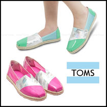 TOMS Round Toe Casual Style Street Style Plain Slip-On Shoes