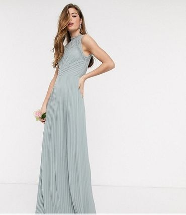 Maxi Sleeveless Plain Long High-Neck Lace Bridal Dresses