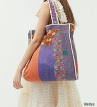 Urban Outfitters Casual Style A4 Totes