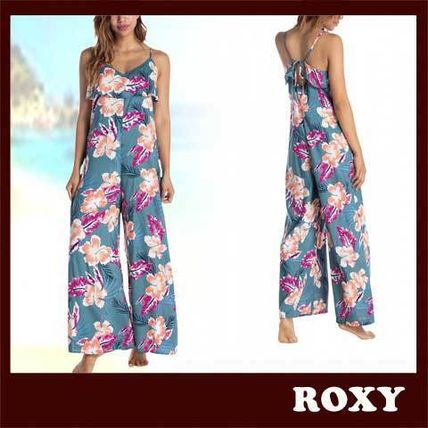 Dungarees Flower Patterns Tropical Patterns Casual Style