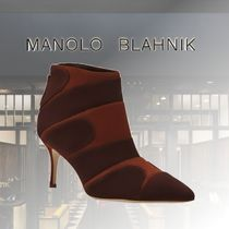 Manolo Blahnik Casual Style Suede Leather Party Style Elegant Style