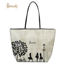 Harrods Casual Style A4 Elegant Style Logo Shoulder Bags