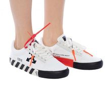 Off-White Unisex Street Style Collaboration Logo Sneakers
