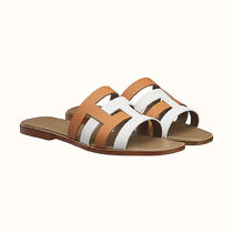 HERMES Casual Style Bi-color Plain Leather Elegant Style Sandals