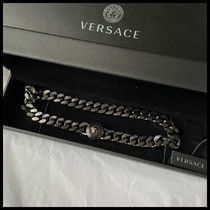 VERSACE Unisex Street Style Chain Metal Logo Necklaces & Chokers