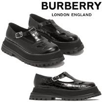 Burberry Plain Leather Loafer & Moccasin Shoes