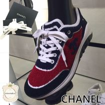 CHANEL SPORTS Open Toe Casual Style Logo Low-Top Sneakers