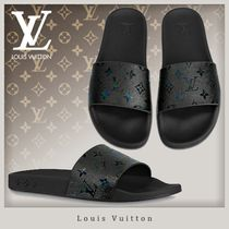 Louis Vuitton MONOGRAM Unisex Street Style Shower Shoes Flipflop Shower Sandals