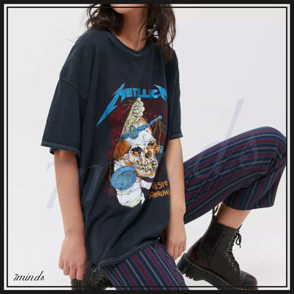 Urban Outfitters More T-Shirts Unisex Street Style Logo T-Shirts