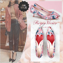 Roger Vivier Flower Patterns Casual Style Blended Fabrics Leather