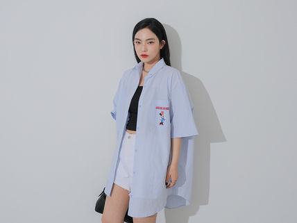 Street Style Collaboration Shirts & Blouses