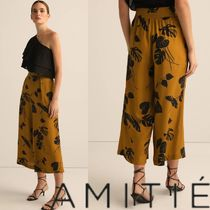 AMITIE Flower Patterns Casual Style Long Cropped & Capris Pants