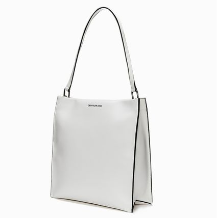 Calvin Klein Casual Style Unisex Street Style A4 Leather Logo Satchels