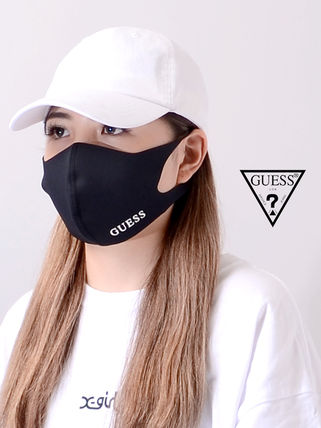 Guess Unisex Logo Accessories