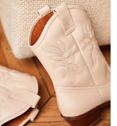 Casual Style Leather Block Heels Mid Heel Boots