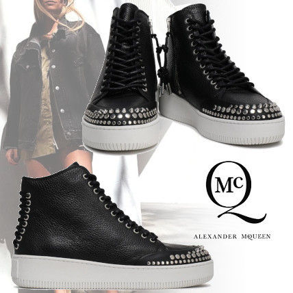 Round Toe Rubber Sole Lace-up Casual Style Studded