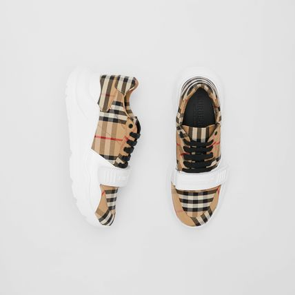 Burberry Unisex Street Style Activewear Shoes