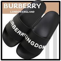 Burberry Street Style Sandals