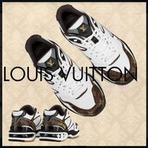 Louis Vuitton MONOGRAM Lv Trail Sneaker