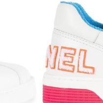 CHANEL Plain Toe Lace-up Blended Fabrics Bi-color Low-Top Sneakers