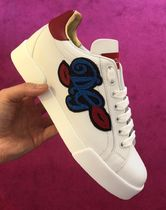 Dolce & Gabbana Heart Rubber Sole Casual Style Leather Logo Low-Top Sneakers