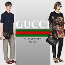 GUCCI Unisex Plain Leather Logo Clutches