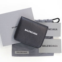 BALENCIAGA EVERYDAY TOTE Unisex Calfskin Studded Street Style Bi-color Plain Leather