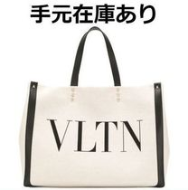 VALENTINO VLTN Casual Style Canvas Street Style A4 Plain Elegant Style Logo