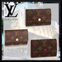 Louis Vuitton MONOGRAM Monogram Unisex Bi-color Leather Logo Keychains & Bag Charms