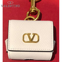 VALENTINO VLOGO Casual Style Calfskin Plain Leather Party Style Office Style