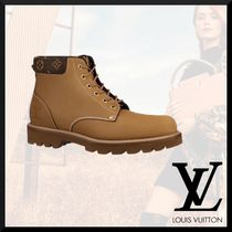 Louis Vuitton Monogram Plain Leather Logo Chukkas Boots