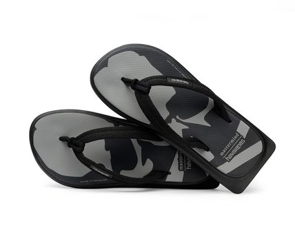 Street Style Collaboration Sport Sandals Shower Shoes