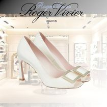 Roger Vivier Open Toe Casual Style Enamel Plain Leather Party Style