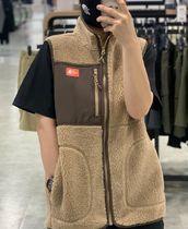 THE NORTH FACE Unisex Outdoor Vests & Gillets