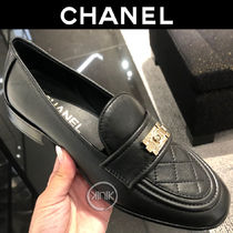 CHANEL Plain Toe Casual Style Plain Leather Block Heels Party Style
