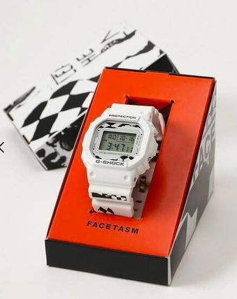 Unisex Street Style Collaboration Digital Watches