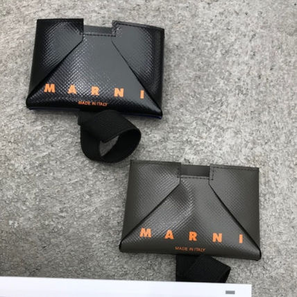 MARNI Plain PVC Clothing Logo Card Holders