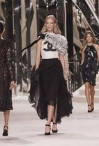 CHANEL T-Shirts