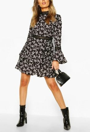 Short Flower Patterns Long Sleeves Party Style High-Neck