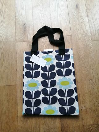 Orla Kiely Flower Patterns Unisex A4 Shoppers