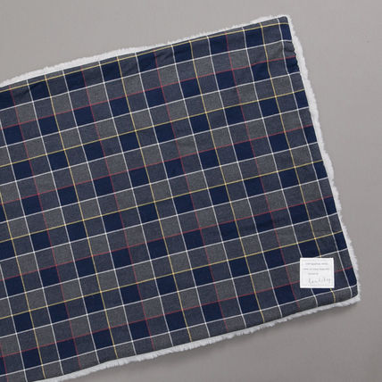 Louis dog Unisex Co-ord Blankets & Quilts