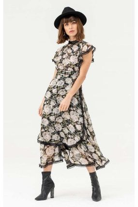 Flower Patterns High-Neck Lace Dresses