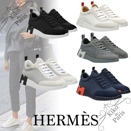HERMES Logo Low-Top Sneakers