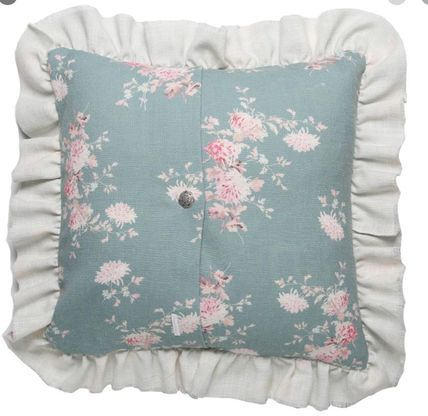 Flower Patterns Decorative Pillows