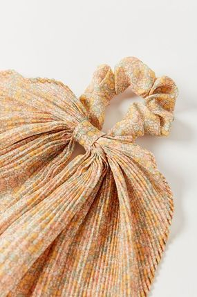 Urban Outfitters Barettes Scrunchy Casual Style Party Style Elegant Style