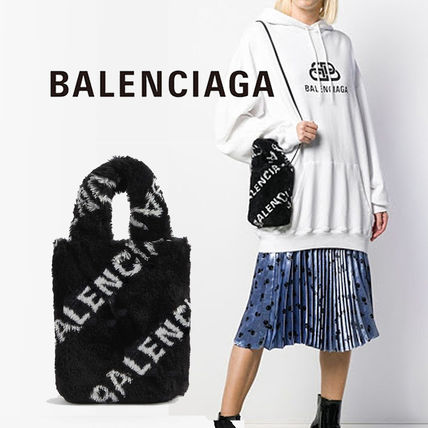 BALENCIAGA EVERYDAY TOTE Other Plaid Patterns Flower Patterns Casual Style Unisex
