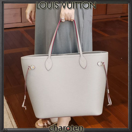 Louis Vuitton NEVERFULL Casual Style Unisex Calfskin Tassel A4 2WAY Plain Leather