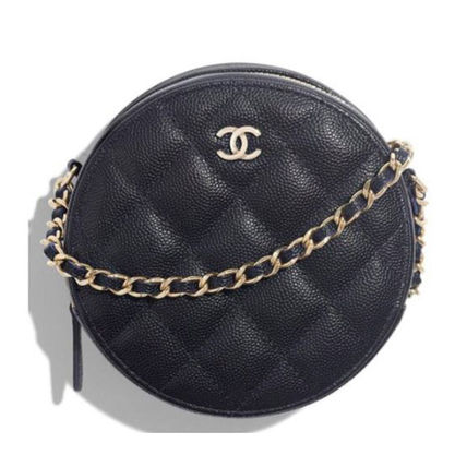 CHANEL Classic Clutch With Chain