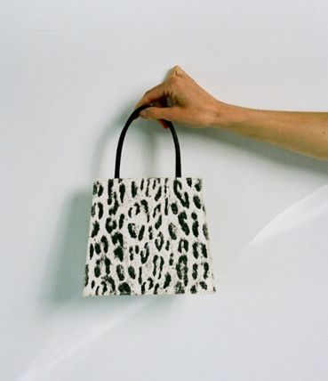 Leopard Patterns Casual Style Leather Elegant Style Handbags