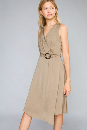 Sleeveless V-Neck Plain Medium Elegant Style Dresses